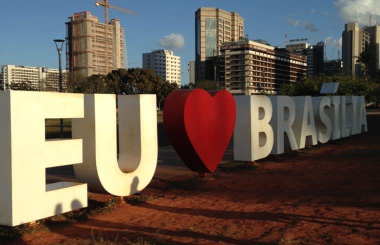 Letreiro Eu amo Brasília