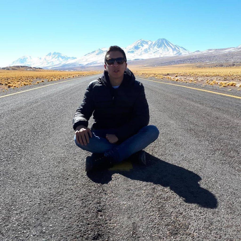Estrada no Atacama