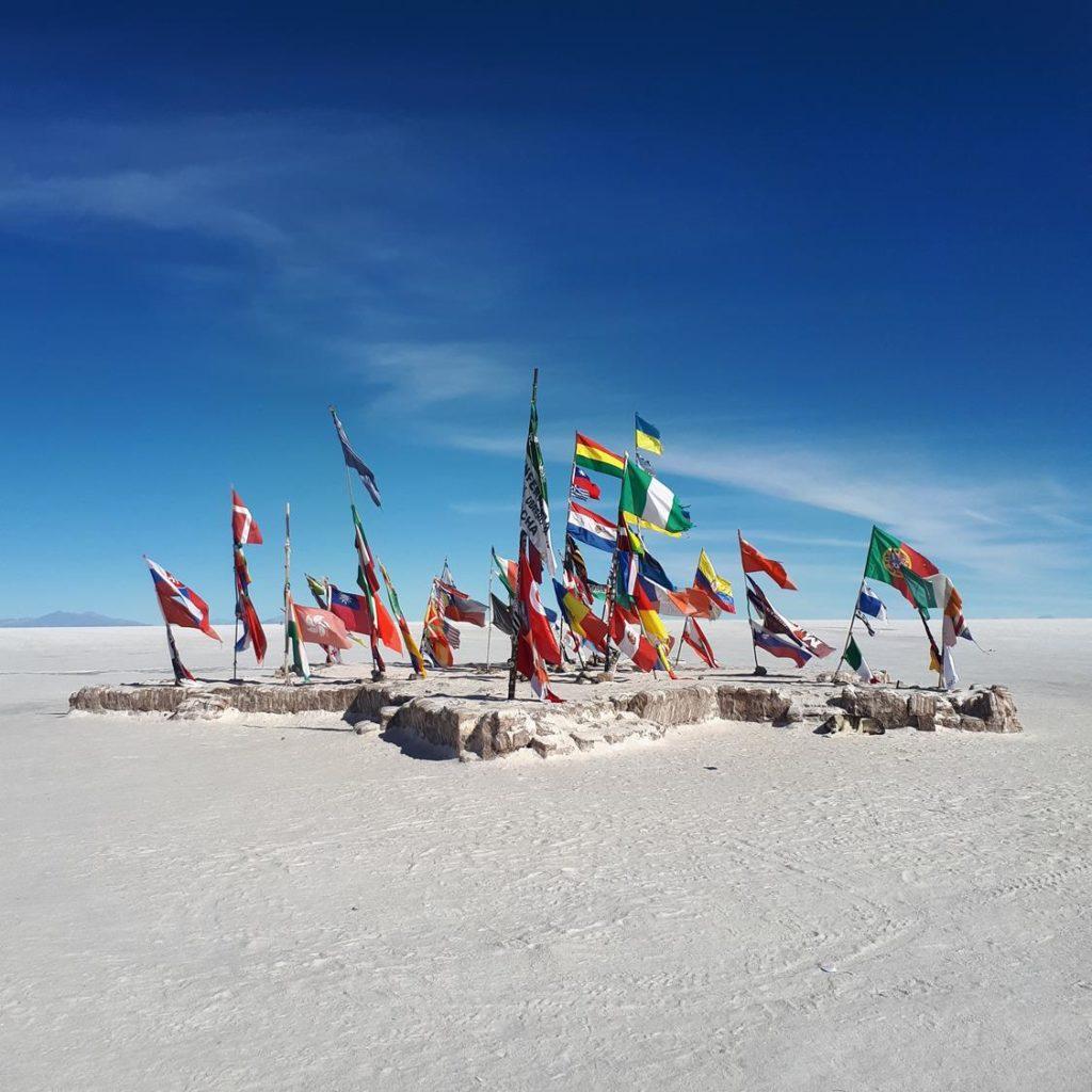 Ilha das Bandeiras Uyuni