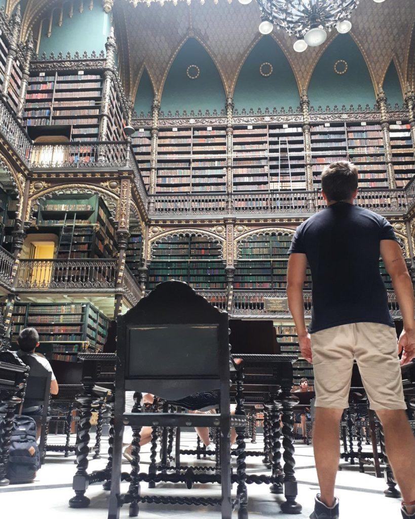 Visitando o Real Gabinete Português de Leitura