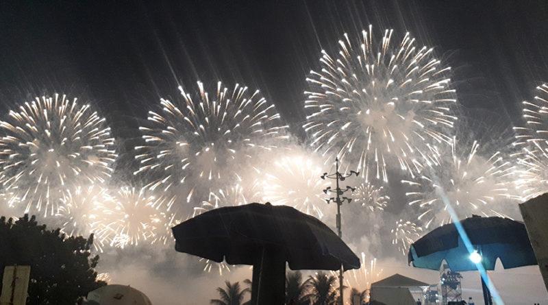como é passar o ano novo no rio de janeiro