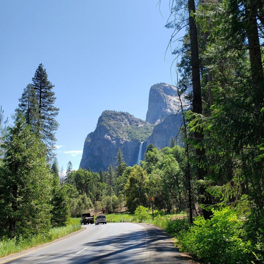 Estrada em Yosemite