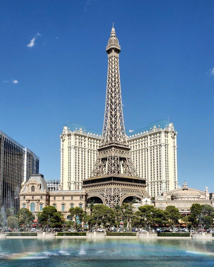 Hotel Paris Las vegas de dia