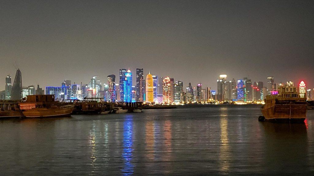 o que fazer em Doha a noite - al corniche