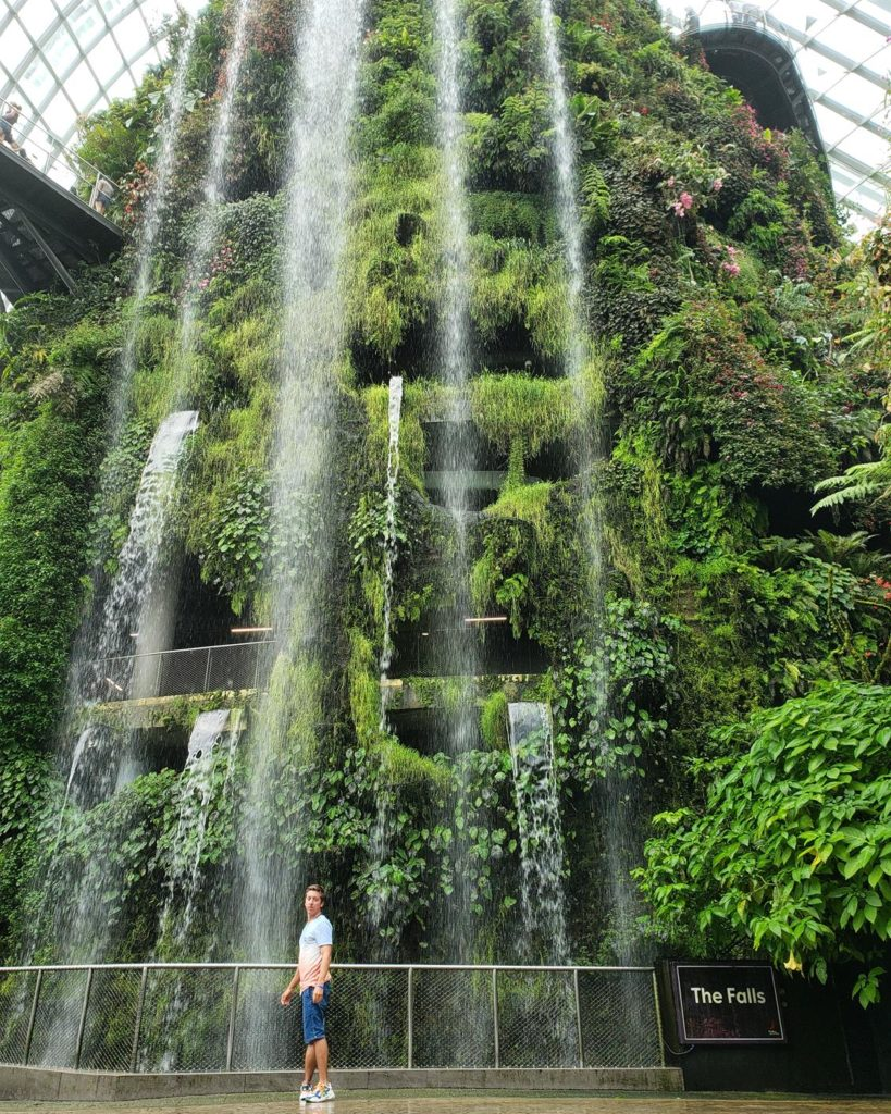 cachoeira interna - cloud forest- gardens by the bay - diego cabraitz arena