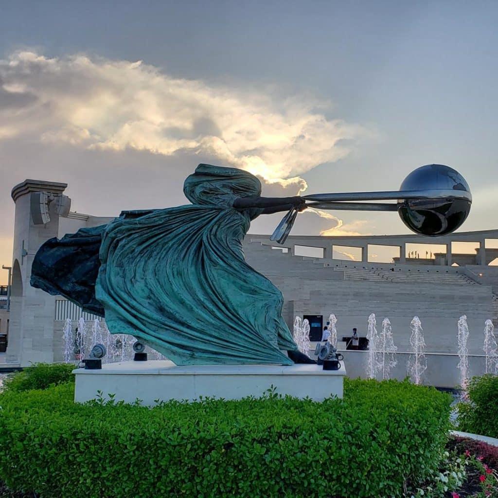 Escultura Centro Cultural Katara, em Doha