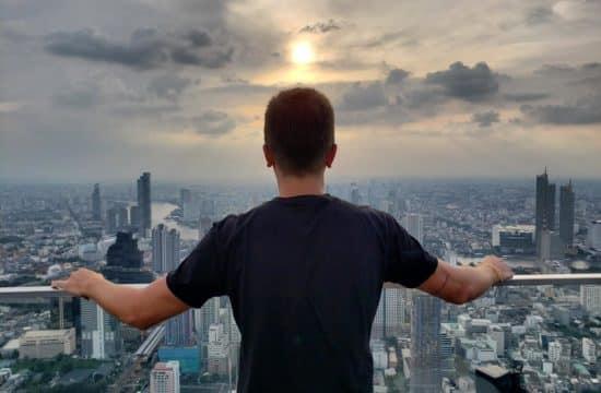 Diego Cabraitz Arena - onde ver o por do sol em Bangkok