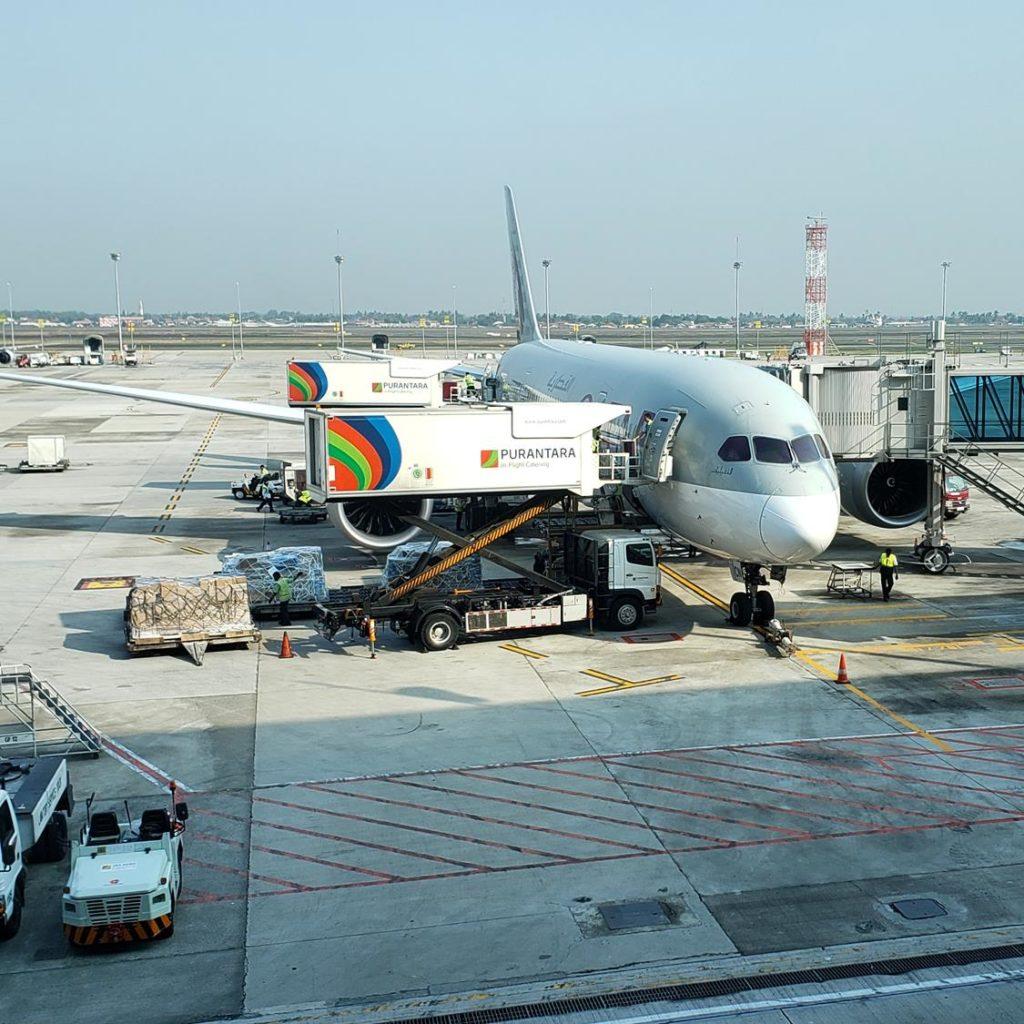 Voando de Qatar Airlines de São Paulo até Bangkok
