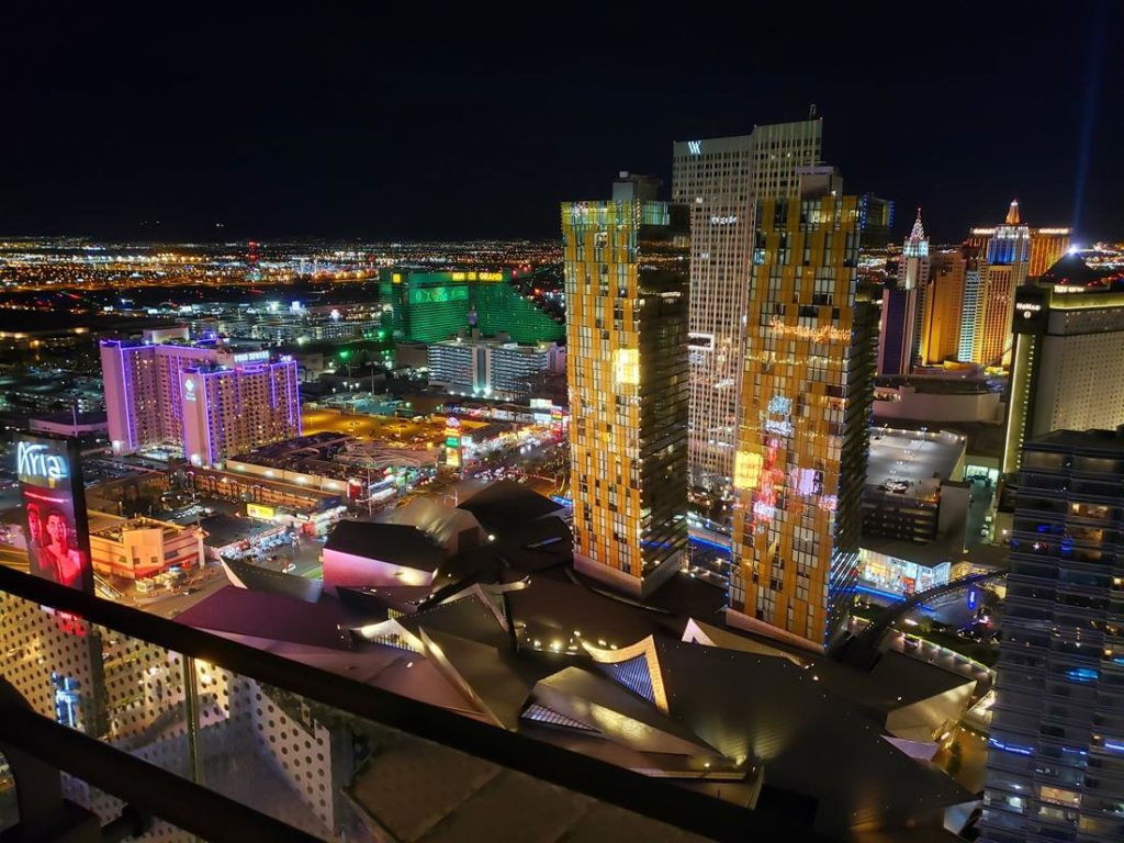 Vista do quarto do  Hotel Cosmopolitan Las Vegas