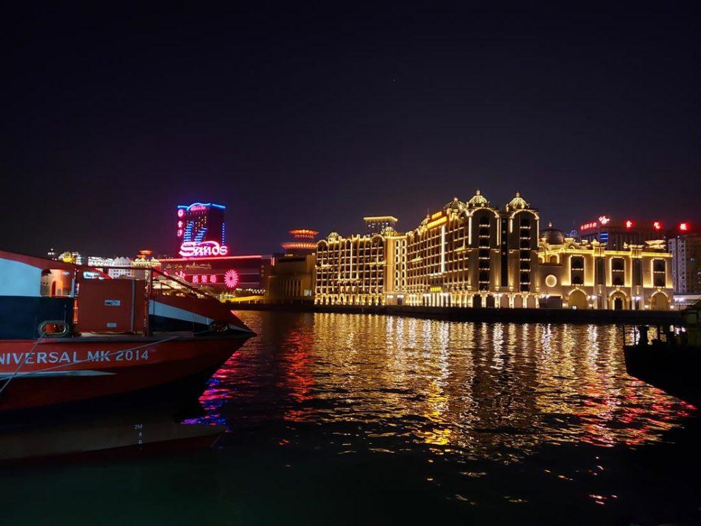 o que fazer em Macau a noite