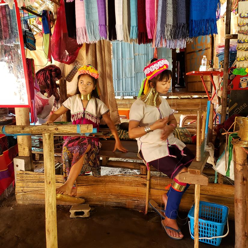 Karen Long Neck Village na Tailandia