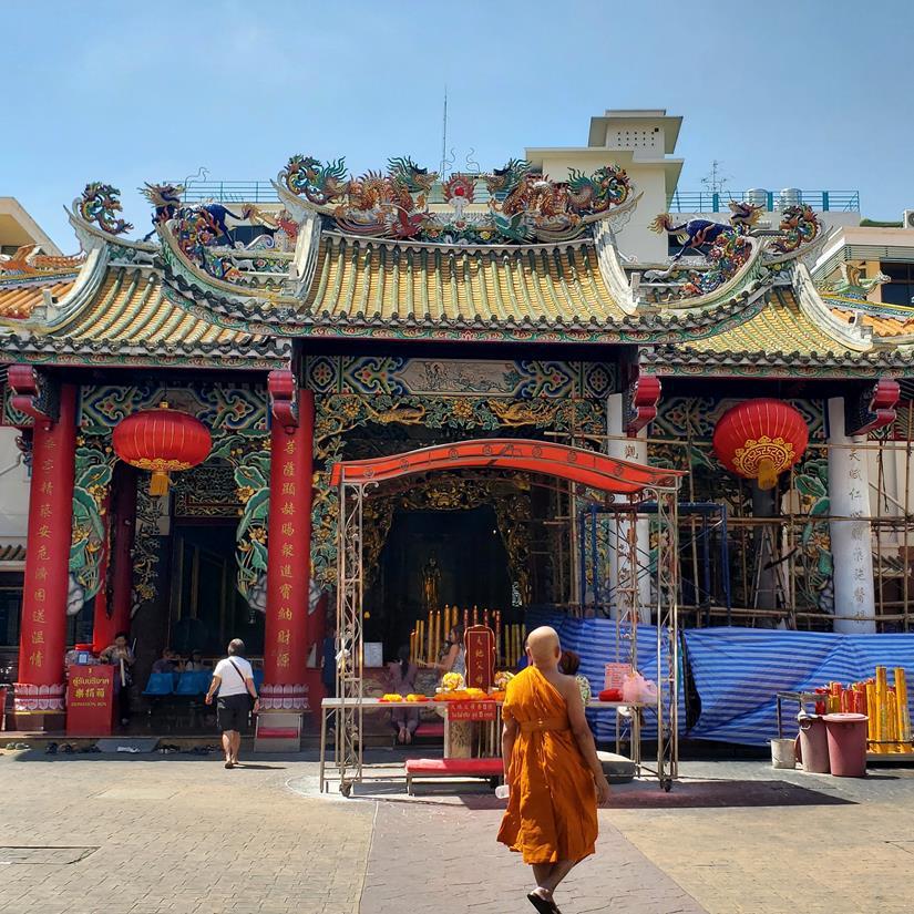 qual templo visitar em bangkok
