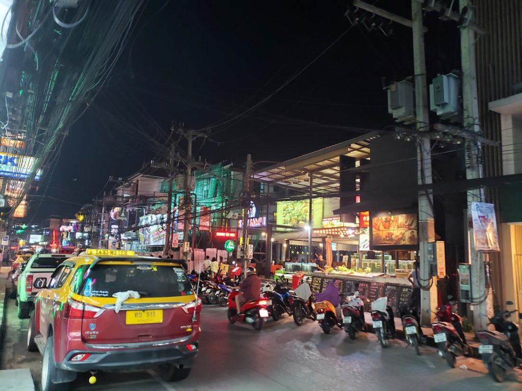 chaweng road - o que fazer em koh samui