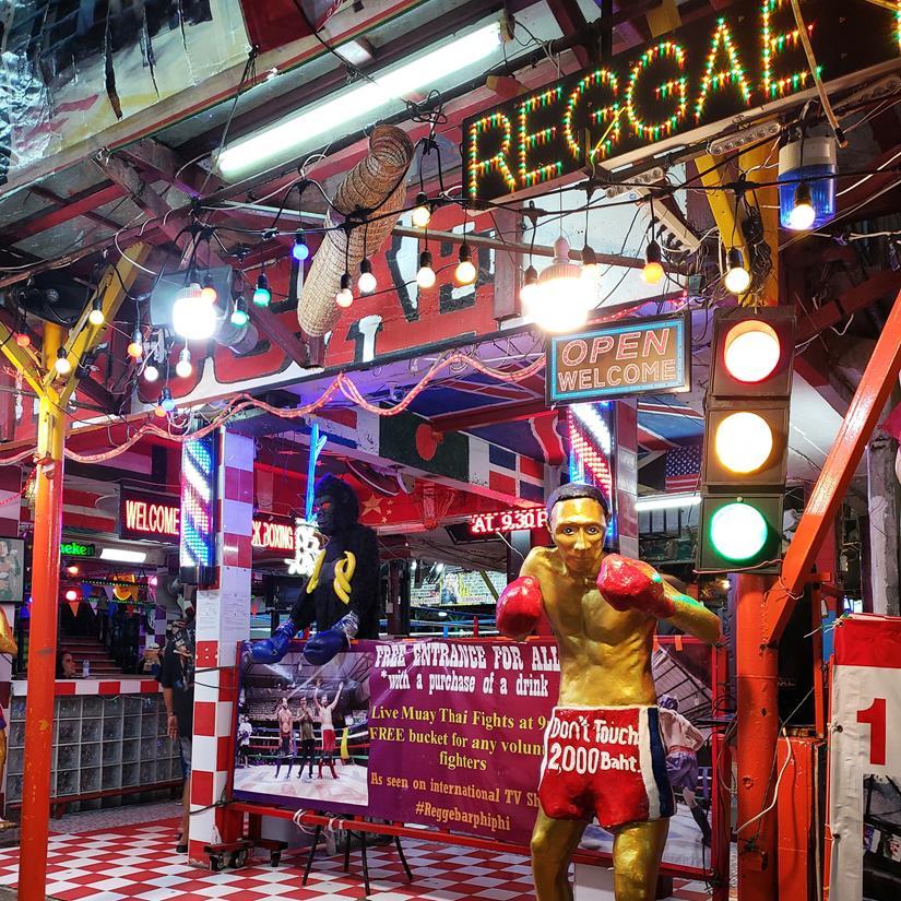 reggae bar em phi phi - muay thai em phi phi