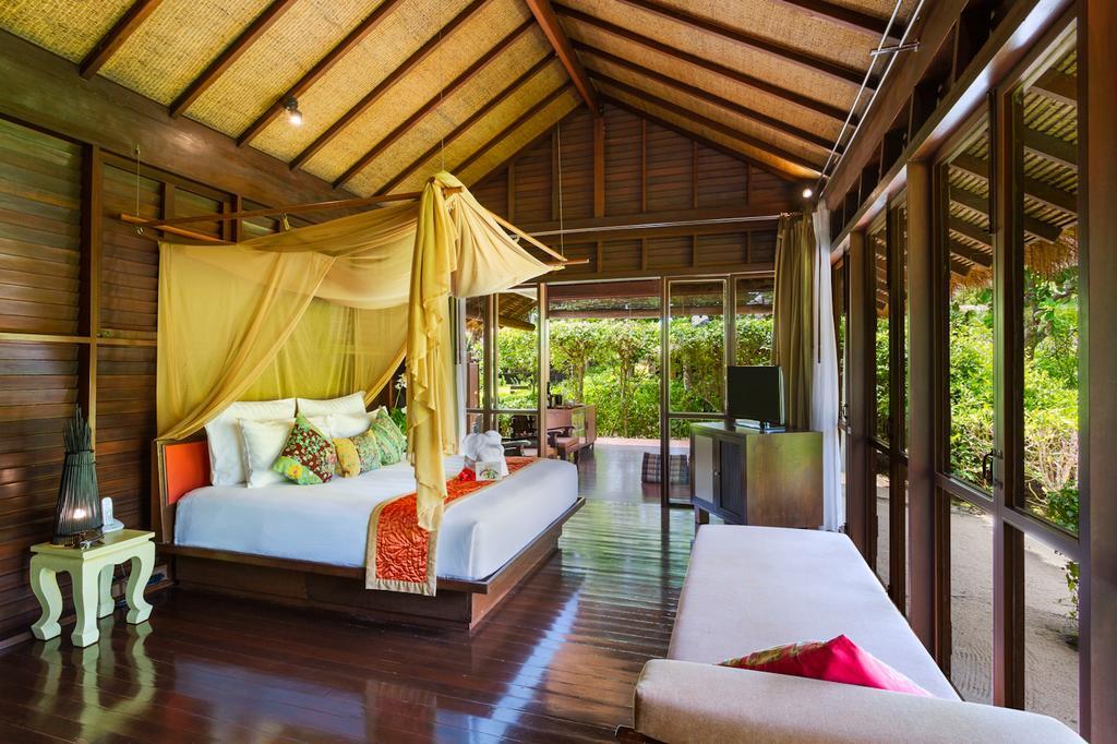 hotel na ilha phi phi tailandia
