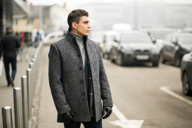 look masculino para viagem de inverno