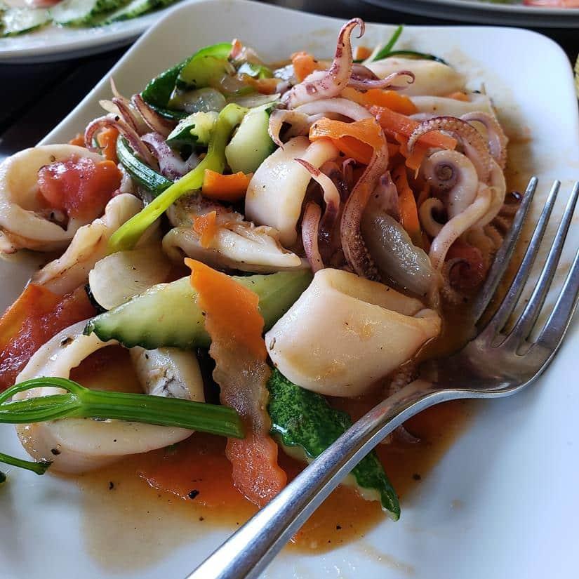 o que comer em halong bay cruzeiro