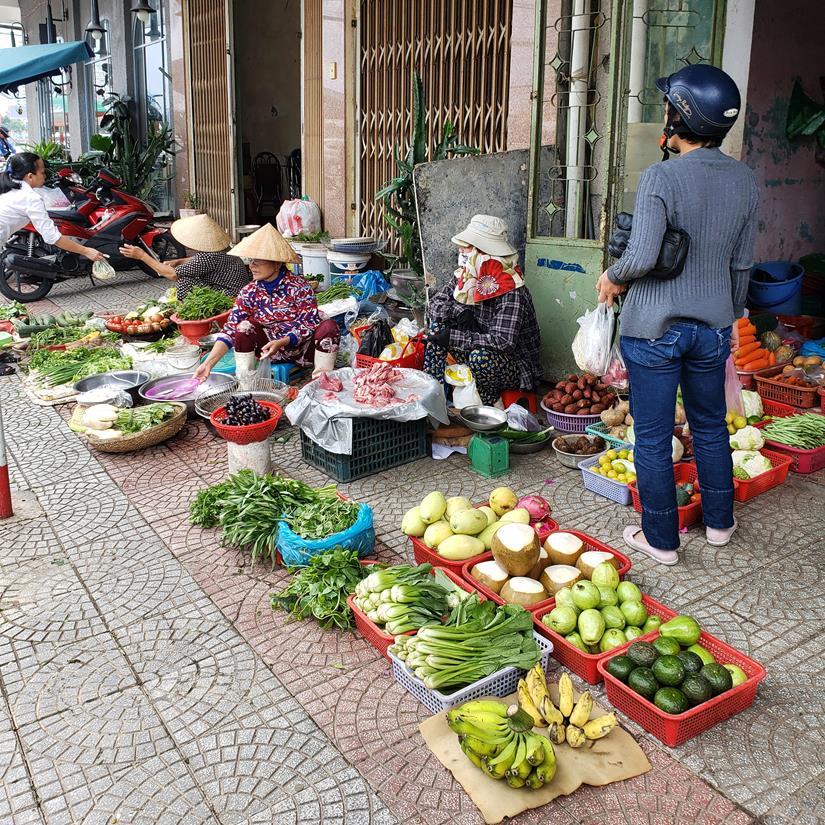Mercado de rua em Da Nang