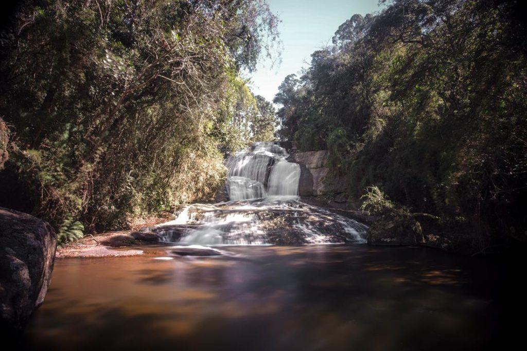cidades para conhecer em minas gerais, cachoeira em gonçalves