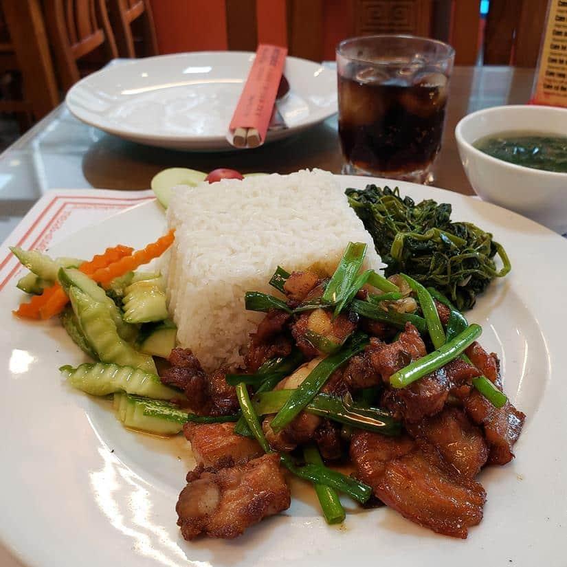 prato típico de hanoi