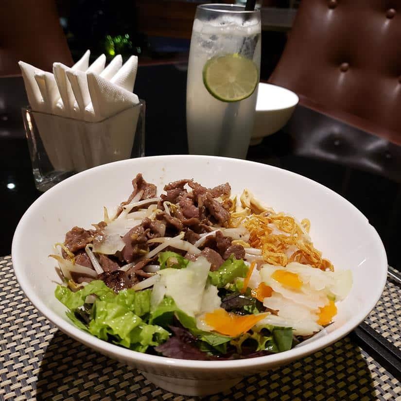 prato típico do vietna, Bún bò nam bô