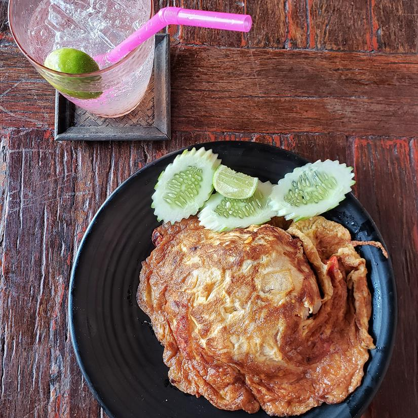 fried rice, arroz frito com omelete