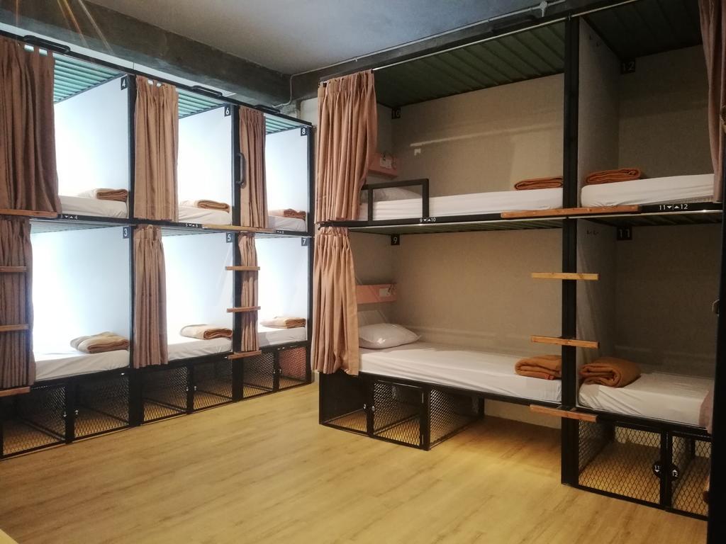 hostel em jacarta indonesia