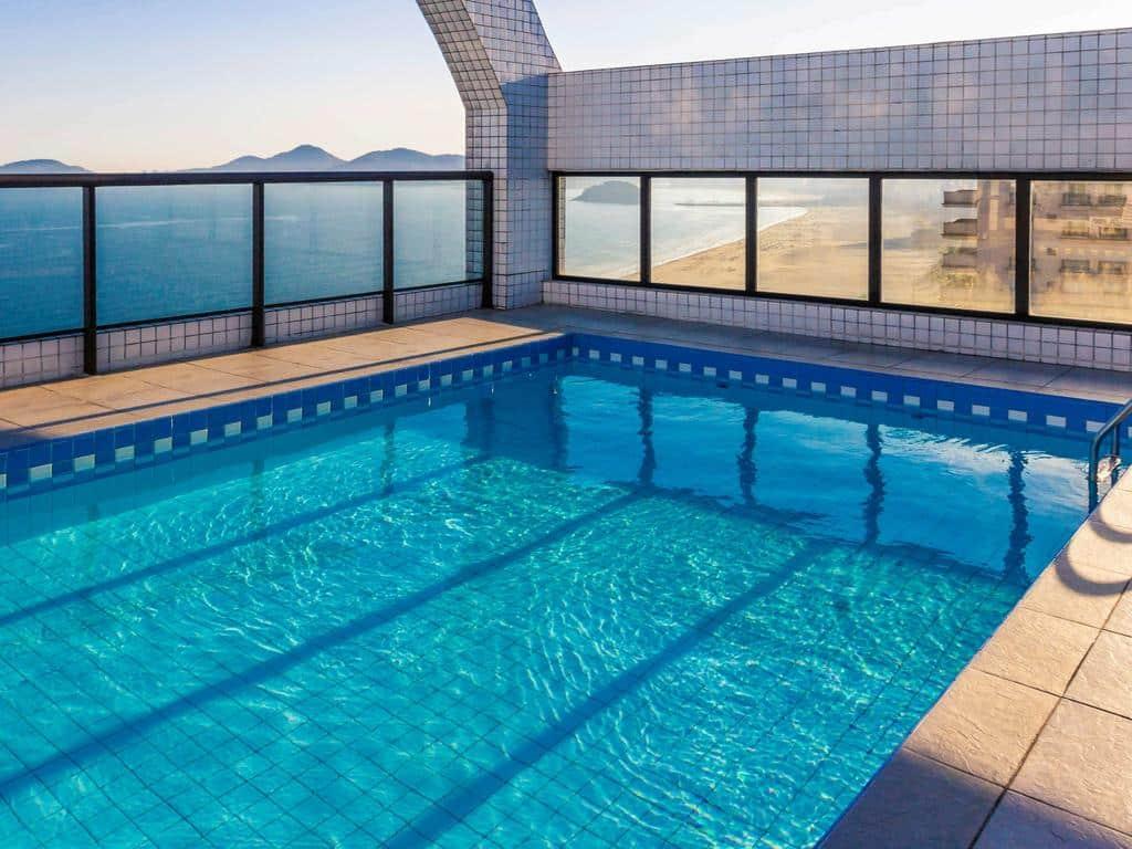 hotel com piscina na cobertura em santos