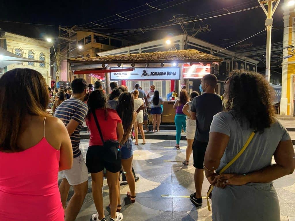 Onde está localizado o acarajé da Dinha