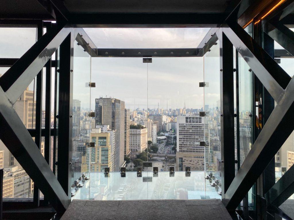 caixa de vidro em sao paulo