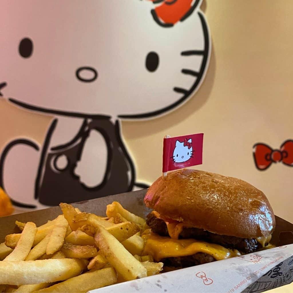 Eat Asia + Hello Kit,  restaurante temático em São Paulo